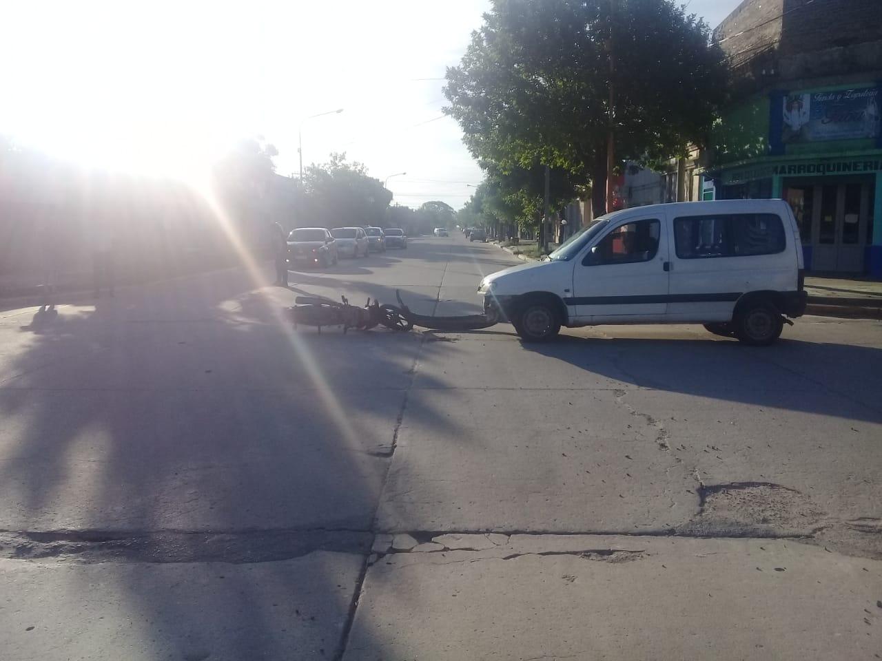 San Cristóbal: Accidente de tránsito en Alvear y Presidente Perón - El Departamental